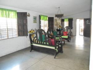 En Venta En Maracay - Palma Real Código FLEX: 19-6188 No.3