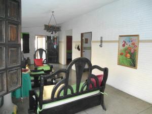 En Venta En Maracay - Palma Real Código FLEX: 19-6188 No.4