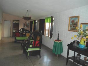 En Venta En Maracay - Palma Real Código FLEX: 19-6188 No.5