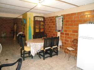 En Venta En Maracay - Palma Real Código FLEX: 19-6188 No.8