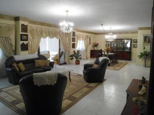 Apartamento En Venta En Maracay - Las Delicias Código FLEX: 19-6213 No.14