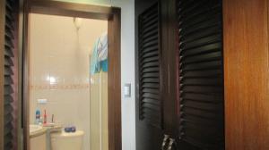 Casa En Venta En Maracay - Las Aves Código FLEX: 19-6240 No.8