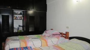 Casa En Venta En Maracay - Los Astros Código FLEX: 19-6240 No.9