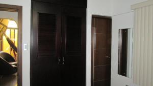Casa En Venta En Maracay - Las Aves Código FLEX: 19-6240 No.11