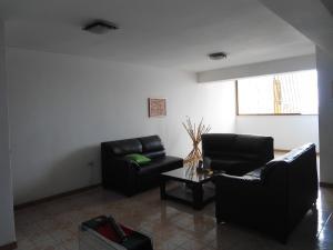 En Venta En Maracay - Zona Centro Código FLEX: 19-6242 No.6