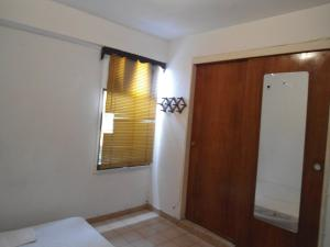 En Venta En Maracay - Zona Centro Código FLEX: 19-6242 No.12