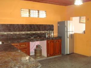 Casa En Venta En Maracay - Santa Rita Código FLEX: 19-6287 No.6