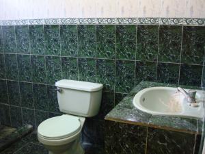 Casa En Venta En Maracay - Santa Rita Código FLEX: 19-6287 No.11