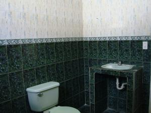 Casa En Venta En Maracay - Santa Rita Código FLEX: 19-6287 No.12