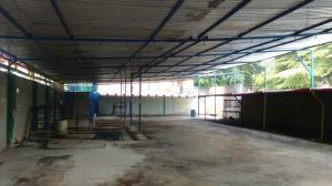 Local Comercial En Venta En Maracay - Avenida Bolivar Código FLEX: 19-6292 No.4