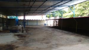 Local Comercial En Venta En Maracay - Avenida Bolivar Código FLEX: 19-6292 No.7