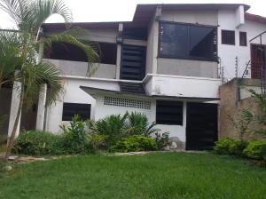 Casa En Venta En Maracay - El Limon Código FLEX: 19-6294 No.0