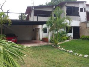 Casa En Venta En Maracay - El Limon Código FLEX: 19-6294 No.2