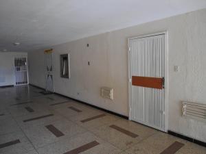 Apartamento En Venta En Maracay - Urbanizacion El Centro Código FLEX: 19-6295 No.4