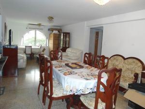 En Venta En Maracay - Urbanizacion El Centro Código FLEX: 19-6296 No.2