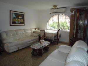 En Venta En Maracay - Urbanizacion El Centro Código FLEX: 19-6296 No.5