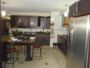 Apartamento En Venta En Maracay - Zona Centro Código FLEX: 19-6298 No.7