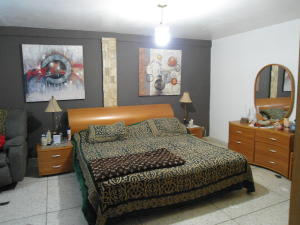 Apartamento En Venta En Maracay - Zona Centro Código FLEX: 19-6298 No.8