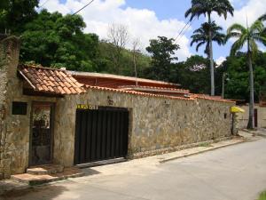 Casa En Venta En Maracay - El Castano (Zona Privada) Código FLEX: 19-6300 No.2