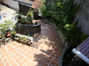 Casa En Venta En Maracay - El Castano (Zona Privada) Código FLEX: 19-6300 No.8