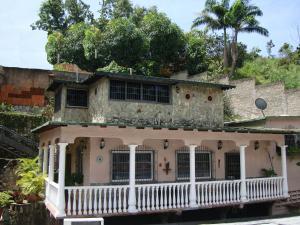 Casa En Venta En Maracay - El Castano (Zona Privada) Código FLEX: 19-6300 No.10