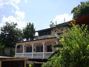 Casa En Venta En Maracay - El Castano (Zona Privada) Código FLEX: 19-6300 No.12