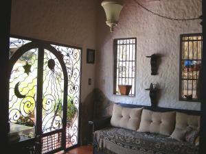 Casa En Venta En Maracay - El Castano (Zona Privada) Código FLEX: 19-6300 No.14