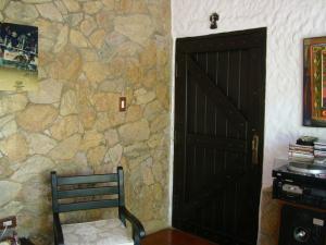 Casa En Venta En Maracay - El Castano (Zona Privada) Código FLEX: 19-6300 No.16