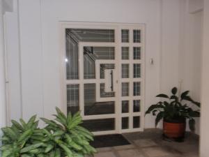 Apartamento En Venta En Maracay - El Bosque Código FLEX: 19-6301 No.2