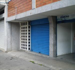Local Comercial En Alquiler En Maracay - Avenida Miranda Código FLEX: 19-6365 No.1