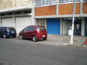 Local Comercial En Alquiler En Maracay - Avenida Miranda Código FLEX: 19-6365 No.3