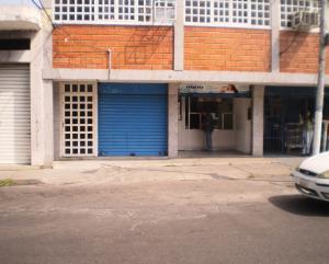Local Comercial En Alquiler En Maracay - Avenida Miranda Código FLEX: 19-6365 No.5