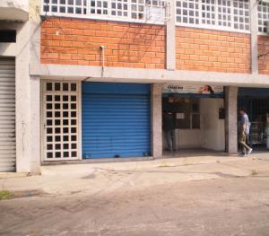 Local Comercial En Alquiler En Maracay - Avenida Miranda Código FLEX: 19-6365 No.6