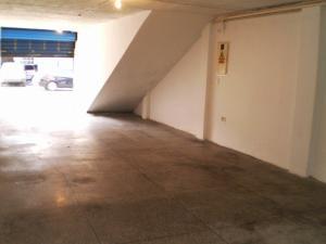 Local Comercial En Alquiler En Maracay - Avenida Miranda Código FLEX: 19-6365 No.10