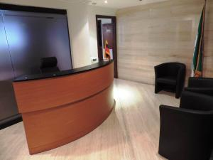 Oficina En Venta En Caracas - Los Palos Grandes Código FLEX: 19-6399 No.2