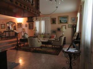 Casa En Venta En Maracay - La Soledad Código FLEX: 19-6443 No.0