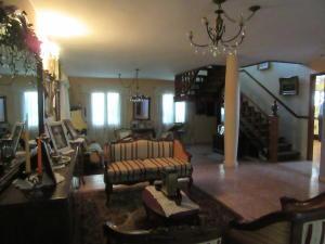 Casa En Venta En Maracay - La Soledad Código FLEX: 19-6443 No.3