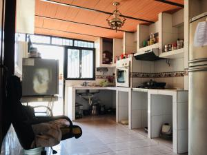 Casa En Venta En Maracay - Los Samanes Código FLEX: 19-6799 No.7