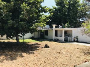 Casa En Venta En Maracay - Los Samanes Código FLEX: 19-6799 No.12
