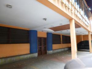 Local Comercial En Venta En Caracas - El Paraiso Código FLEX: 19-6701 No.3