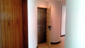 Apartamento En Venta En Caracas - La Castellana Código FLEX: 19-10054 No.3