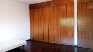 Apartamento En Venta En Caracas - La Castellana Código FLEX: 19-10054 No.17