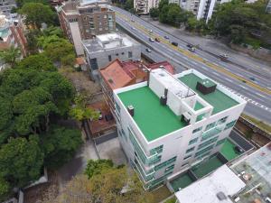Apartamento En Venta En Caracas - Los Naranjos de Las Mercedes Código FLEX: 17-6341 No.1