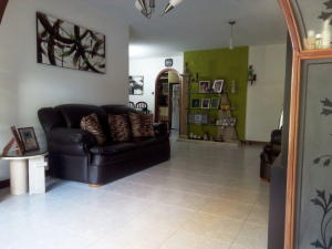 Apartamento En Venta En Caracas - La Urbina Código FLEX: 19-6931 No.1