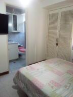 Apartamento En Venta En Caracas - La Urbina Código FLEX: 19-6931 No.4