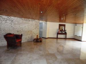 Apartamento En Venta En Caracas - La Alameda Código FLEX: 19-6963 No.2