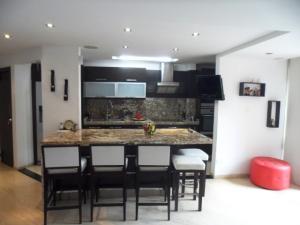 Apartamento En Venta En Caracas - La Alameda Código FLEX: 19-6963 No.6