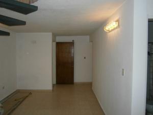 Apartamento En Venta En Valencia - Piedra Pintada Código FLEX: 19-6980 No.2