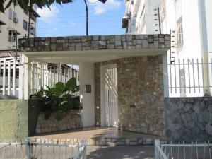 Apartamento En Venta En Maracay - Base Aragua Código FLEX: 19-7386 No.0