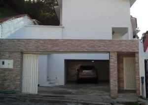 Casa En Venta En Caracas - Sebucan Código FLEX: 19-7590 No.1